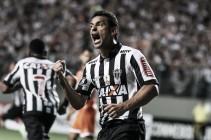 Fred marca quatro gols e iguala recorde do ex-atacante atleticano Guilherme