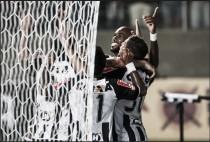 """Zagueiro Gabriel comemora gol e brinca com artilheiro que não marcou: """"Se Fred não faz, eu faço"""""""