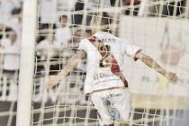 """Galán: """"Es una alegría debutar en casa, en Vallecas, en Liga y encima marcar"""""""