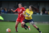 Evans and Leach commit to the Vixens