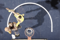 Cavaliers conseguem grande virada, vencem Pacers fora de casa e fica uma vitória da próxima fase