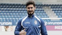 Após passagem relâmpago pela Bulgária, atacante Hugo Seco é apresentado pelo Feirense