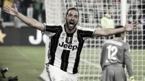 Juventus 2-1 Fiorentina: Champions kick-start title defence with a win