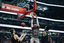 NBA - Chicago per il bis a Dallas, Lakers per il riscatto a Memphis