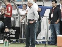 Givanildo Oliveira lamenta o resultado e as ausências no time