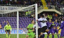 Il Parma acciuffa la Fiorentina all'ultimo secondo