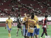 Zarpazo de líder en el Estadio Chivas