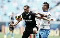 Em duelo de opostos no Brasileirão, Grêmio e Bahia se enfrentam em Porto Alegre