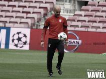 """Guardiola: """"Xavi es el jugador más amateur dentro de lo más profesional que conozco"""""""