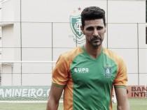 """Leandro Guerreiro se despede do América-MG após três temporadas: """"Vontade era permanecer"""""""