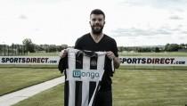 Newcastle sign Blackburn captain Grant Hanley
