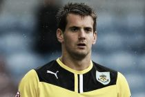 Tom Heaton, claret hasta 2017