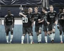 El Ajax vence al límite