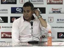 """Hernán Torres: """"El descenso sigue latente y debemos seguir ganando y sumando"""""""