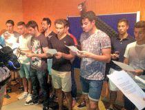 La plantilla graba el nuevo himno del CF Fuenlabrada