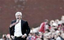 """Mark Hughes: """"Odemwingie podría estar en el banquillo contra el Sunderland"""""""
