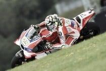 Iannone rompe el crono y consigue la Pole en Austria