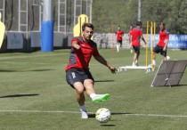 """Víctor Sánchez: """"Si la próxima semana ganamos en casa, éste punto se hará bueno"""""""