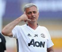 United, pugno duro Mourinho. Via Schweinsteiger ed altri 8 calciatori