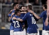 Italia se impone a Escocia en un encuentro pegajoso