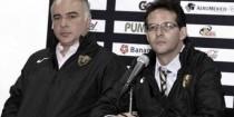 Guillermo Vázquez y Antonio Sancho salen de Pumas