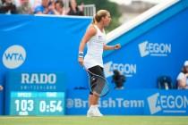 WTA Eastbourne - La Cibulkova regola in due set Karolina Pliskova e trionfa in Inghilterra