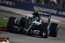 Singapore GP: Rosberg stakes his claim with Pole Position