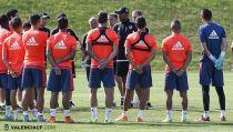 El Valencia realiza el primer entrenamiento en Austria
