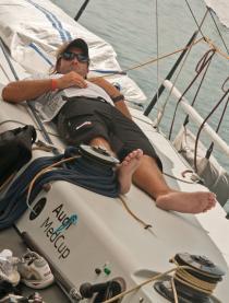 La falta de viento vuelve a retrasar la salida de los veleros en Cartagena
