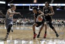 Images and Photos of Chicago Sky 81-75 San Antonio Stars in WNBA Basketball 2016
