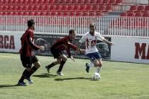 El Rayo Majadahonda se impone a los goles de Luisma Villa