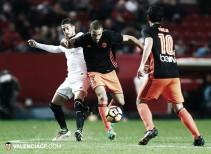 El Valencia se queda sin premio en Sevilla