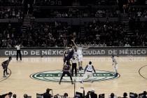 Dallas se lleva la victoria ante Phoenix en suelo azteca