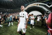 Presidente do Atlético-MG desconversa sobre Pratto em 2017 e conta com Roger por reforços