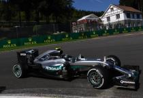 Spa, vola Rosberg. Pole davanti a Verstappen e Raikkonen