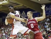 Maui Invitational: Indiana Hoosiers Can't Overcome Miscues And Lose To UNLV Runnin' Rebels