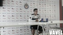 """Isaac Brizuela: """"Una victoria tranquilizaría el tema de Chivas TV"""""""