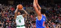 NBA - Golden State schiaccia i Suns, Boston col brivido a Philadelphia