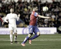 Iván López vuelve a jugar un partido con el Levante UD