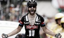 Tour de France: Geschke wins stage 17 on hectic day in the Alps