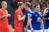 Liverpool 1-1 Everton: A tale of two captains as sensational late Jagielka strike cancels out Gerrard free-kick