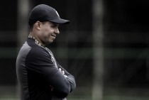 """Apesar do empate, Jair destaca boa atuação do Botafogo: """"Criamos bem"""""""