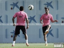 Leo Messi regresa antes y viaja a Inglaterra