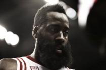 Houston Rockets se deshace con facilidad de Milwaukee Bucks