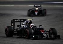 Honda aún desconoce el motivo del abandono de Jenson Button