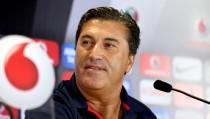 """José Peseiro: """"El favorito es el Benfica, pero eso no nos impide creer que es posible ganar"""""""
