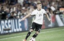 Ancelotti refutes claims Bayern will sell Kimmich to City