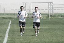 Entrenó Juninho; se confirmó la lesión de Guerrón