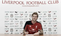 Liverpool sign goalkeeper Loris Karius to a long-term contract after completing £4.7 million deal with Mainz