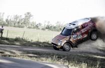 Dakar 2016, auto finisce tra la folla: 10 feriti, alcuni gravi